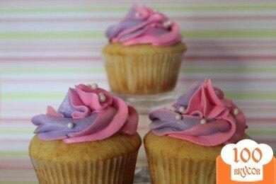 Фото рецепта: «Ванильные кексы с кремом»