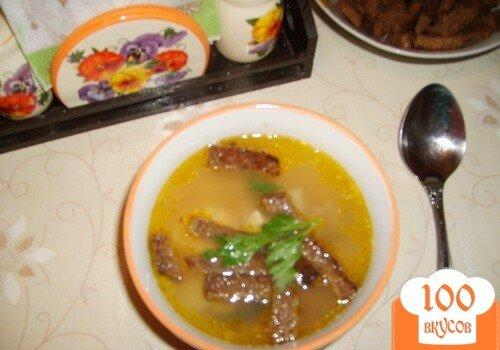 Фото рецепта: «Гороховый суп с сухариками»
