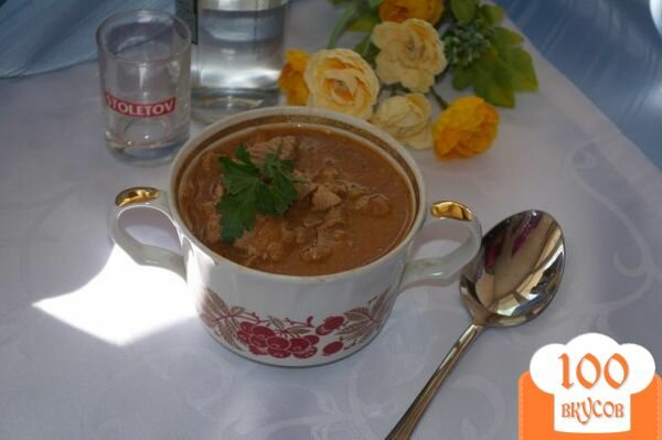 Фото рецепта: «Мясо тушеное в томате с фасолью»