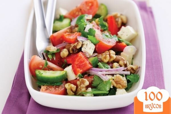 Фото рецепта: «Греческий салат с орехами»