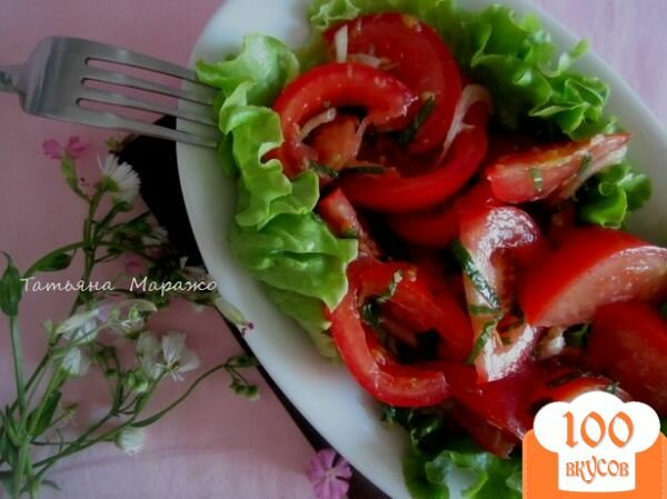 Фото рецепта: «Салат из свежих помидор с имбирем»