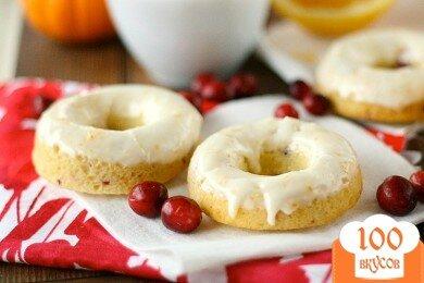 Фото рецепта: «Апельсиновые пончики с клюквой»