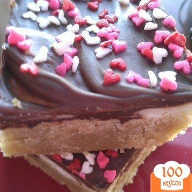 Фото рецепта: «Пирожные с орехами и шоколадом»