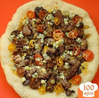 Фото рецепта: «Пицца со стейком и голубым сыром»