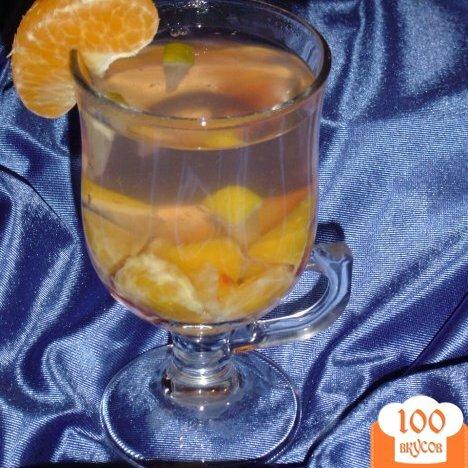 Фото рецепта: «Горячий напиток из слив,мандарина и лимона.»