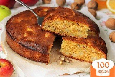 Фото рецепта: «Медовый пирог с орехами и яблоками»
