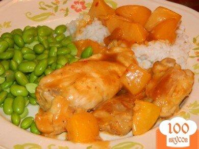 Фото рецепта: «Пряная курица с персиками»