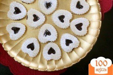 Фото рецепта: «Миндальное печенье с джемом»