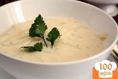Фото рецепта: «Сырный суп с кольраби»