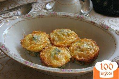 Фото рецепта: «Кексы с беконом и помидорами»