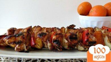 Фото рецепта: «Куриный шашлык с мандаринами и перцем»