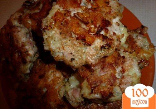 Фото рецепта: «Быстрые куриные котлетки с сыром»