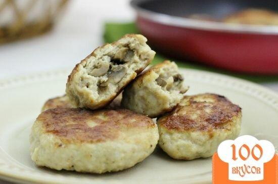 Фото рецепта: «Куриные котлеты фаршированные грибами»