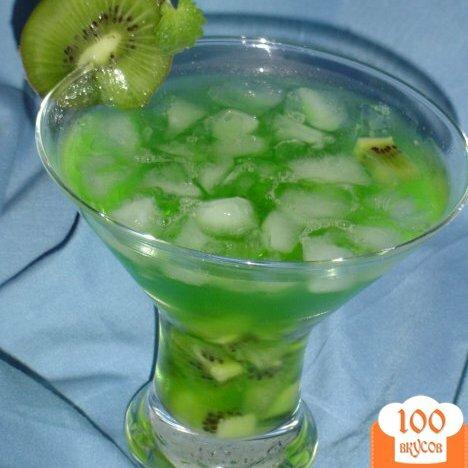 "Фото рецепта: «Коктейль ""Зеленый фрукт""»"