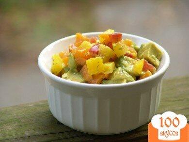 Фото рецепта: «Салат из сладкого перца с авокадо»