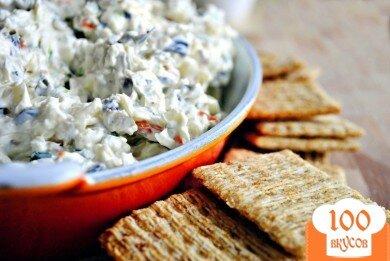 Фото рецепта: «салат с сыром и оливками»