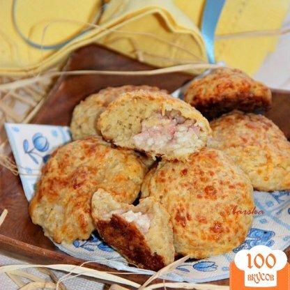 Фото рецепта: «Мини-булочки с пшеничными хлопьями и начинкой»