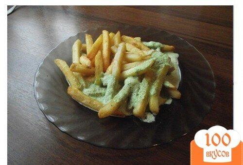 Фото рецепта: «Картошка фри в домашних условиях с соусом (сливочно-чесночным)»
