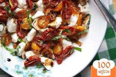 Фото рецепта: «Салат Капрезе с печеными помидорами»