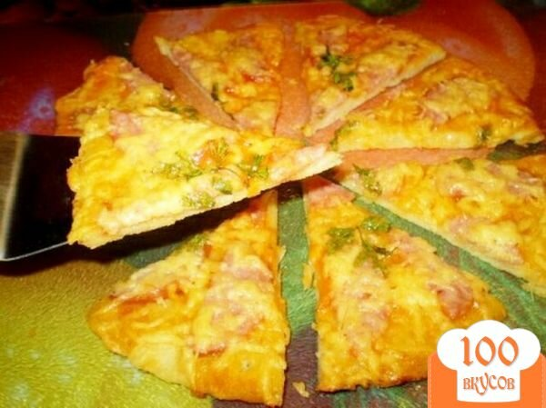 Фото рецепта: «Пицца с колбасой и сыром»