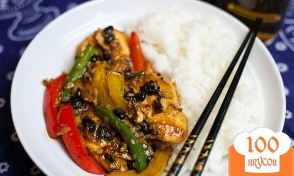 Фото рецепта: «Курица с овощами в воке»