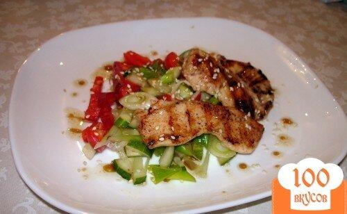 Фото рецепта: «Легкий салат с курицей без майонеза»