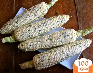 Фото рецепта: «Кукуруза с лаймом и кинзой»