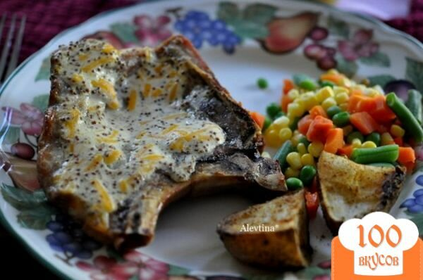 Фото рецепта: «Свиные отбивные с горчицей и сыром»