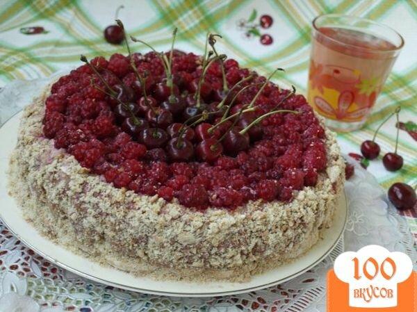Фото рецепта: «Торт из пряников с ягодами»