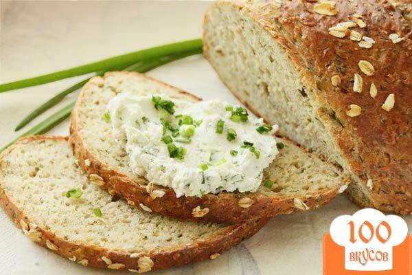Фото рецепта: «Хлеб из овсяных хлопьев с зеленью»