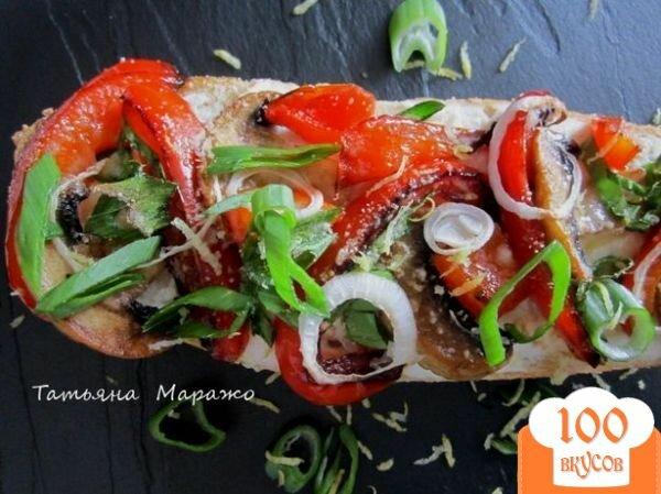 Фото рецепта: «Тартина с рикоттой, грибами и сладким перцем»