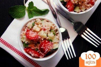 Фото рецепта: «Клубнично-огуречное табули»