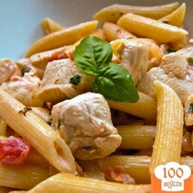 Фото рецепта: «Курица с пастой в сливочном соусе»