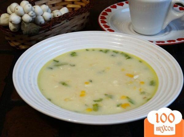 Фото рецепта: «Сырный суп с консервированной кукурузой»