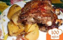 Фото рецепта: «Картошка с ребрышками в духовке»