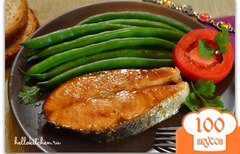 Фото рецепта: «Лосось запечённый в имбирно-медовом соусе»