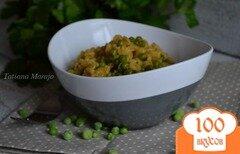 Фото рецепта: «Гарнир с перловой крупой и зеленым горошком»