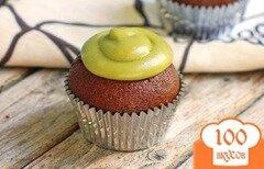 Фото рецепта: «Шоколадные маффины с глазурью из авокада»