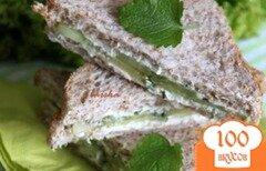 Фото рецепта: «Сэндвичи с пикантным огурцом»