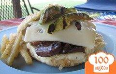 Фото рецепта: «Бургеры с авокадо и грибами»