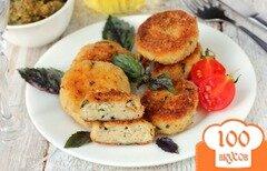 Фото рецепта: «Куриные котлеты с пармезаном и базиликом»