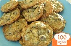 Фото рецепта: «Овсяное печенье с шоколадом»