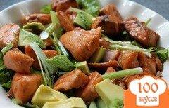 Фото рецепта: «Салат с жареным лососем»
