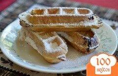 Фото рецепта: «Простой рецепт для вафельницы с ягодами»