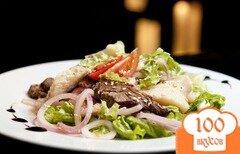 Фото рецепта: «Салат с солеными груздями»
