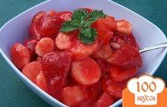 Фото рецепта: «Фруктовый салат в клубничной глазури»