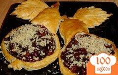 Фото рецепта: «Карамелизированные груши в слойках»