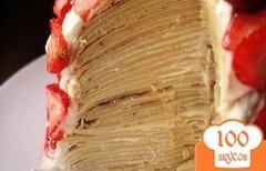Фото рецепта: «Большой клубничный блинный торт»