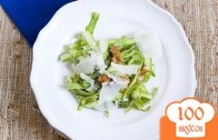 Фото рецепта: «Салат из спаржи с грецкими орехами»