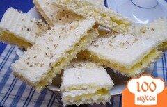 Фото рецепта: «Медовые вафли с орешками»